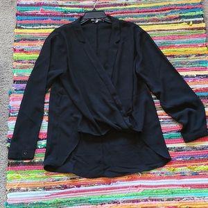 🍄2 for $29🍄NWOT long sleeve hi-lo blouse